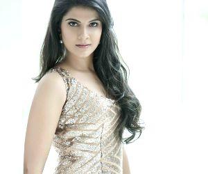 Actress Manisha Shree - photoshoot