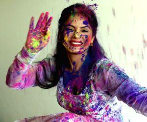Neetu Chandra during the Holi celebration photo shoot