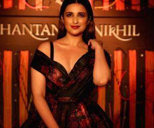 Parineeti lends voice to Badshah's video