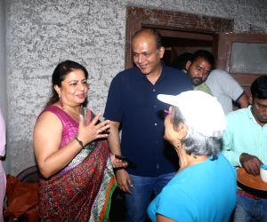"Mahurat of film ""Firebrand"" - Madhu Chopra and Ashutosh Gowariker"