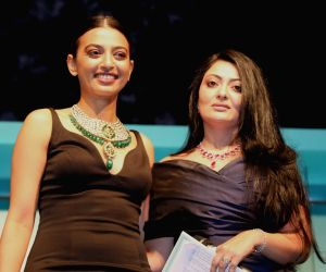 Jewellery collection - Radhika Apte