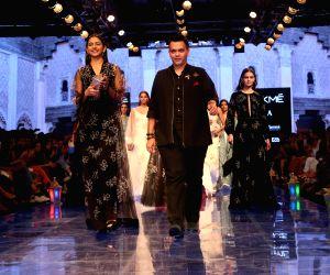 Lakme Fashion Week Winter/Festive 2019 - Rakul Preet Singh walks for Nachiket Barve