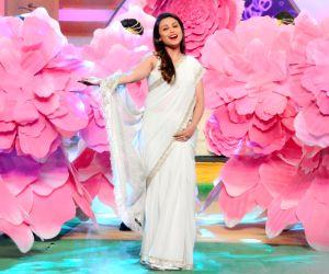 Rani Mukerji, Sourav Ganguly during a promotional programme