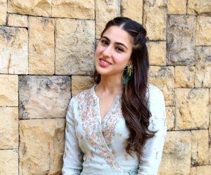 Sara Ali Khan looks cute