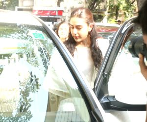 Sara Ali Khan seen at airport
