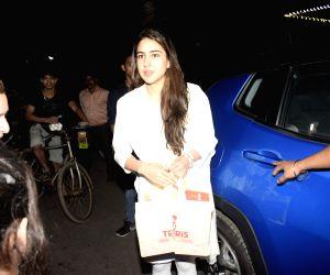 Sara Ali Khan visits Mukteshwar temple