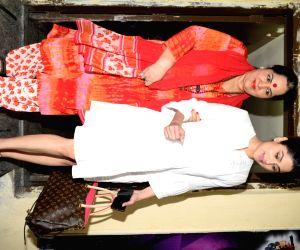 Shamita Shetty, Sunanda Shetty seen at Juhu