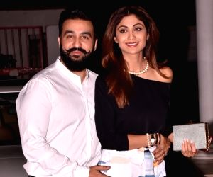 Pornography case: Raj Kundra was in talks to sell 121 erotic videos for USD 1.2 million; Shilpa Shetty breaks down during interrogation
