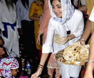 Shilpa Shetty at Golden Temple