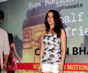 "Chetan Bhagat's book launch ""Half Girlfriend"