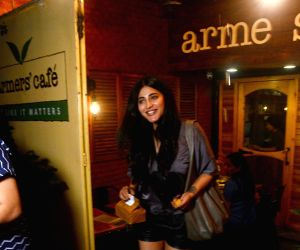 Shruti Haasan seen at a cafe