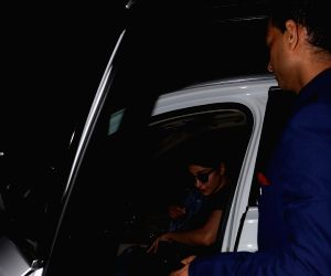 Shruti Haasan at Airport