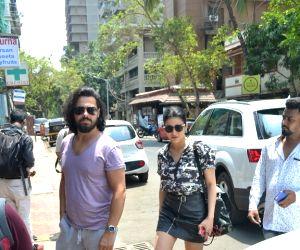 Shruti Haasan and Michael Corsale seen at Mumbai's Bandra