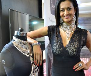 Jewellery Exhibition - launch