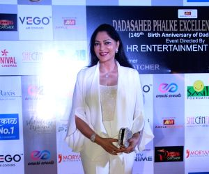 Simi Garewal pays tribute to Shashi Kapoor at IFFM
