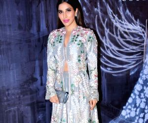 Manish Malhotra's Haute Couture 2018 - Sophie Choudry