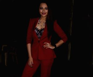 Sonakshi's 'mantra' for instant dose of happiness