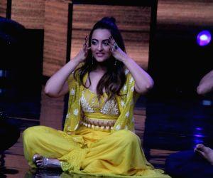Baba Ramdev on the sets of Nach Baliye Season 8
