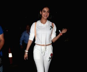 Mumbai: Sonal Chauhan seen at airport