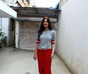 Sonali Bendre seen at Mumbai's Bandra