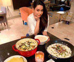 Soundarya Sharma prepares Eid delicacies in Los Angeles