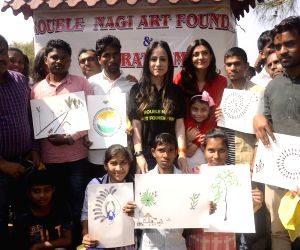 Sushmita Sen celebrates Republic Day with children