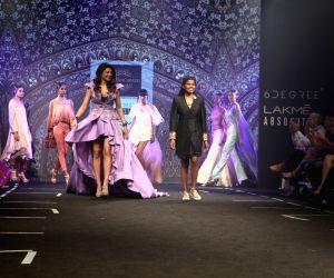 Lakme Fashion Week Summer/Resort 2017 Grand Finale - Sushmita Sen
