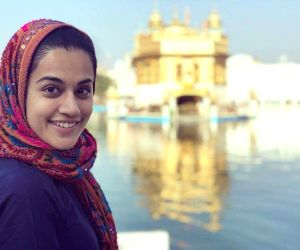 Taapsee Pannu at Golden Temple