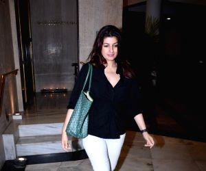 Twinkle Khanna at the residence of Manish Malhotra