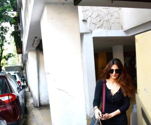 Vani Kapoor seen at Mumbai's Bandra