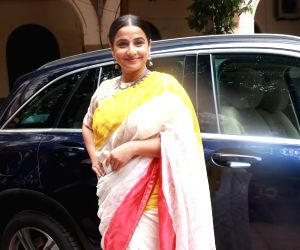 Vidya Balan at Finding Mother Conference at St Xaviers College