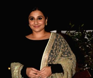Vidya Balan adds weight to fight against piracy