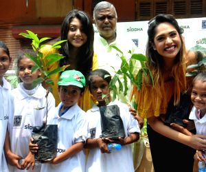 Environment awareness campaign - Mumtaz Sorcar, Debolina Kumar