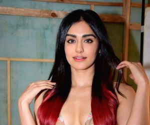 Adah Sharma in bold red saree, inspires to fall in love without being hurt