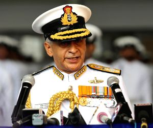 Remain 'combat ready', Navy chief tells naval personnel ()