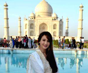 Preeti Jhangiani at Taj Mahal
