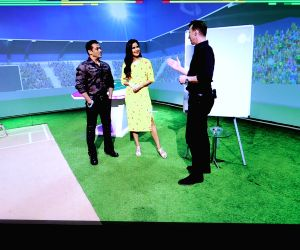 Free Photo: Salman Khan and Katrina Kaif spotted on Maruti Suzuki Cricket Live on the Star Sports Network