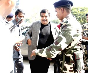 Mukesh Ambani, Nitin Gadkari arrive to attend Amit shah's son's wedding