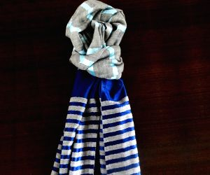 Different ways men can drape scarves