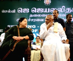 Jayalalithaa swears-in as TN chief minister