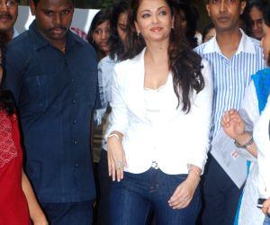 """Aishwarya Rai at the """"Launch of Beautiful Beginnings""""."""