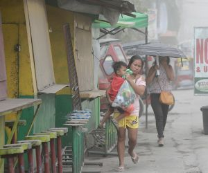 PHILIPPINES ALBAY MAYON VOLCANO ERUPTION ASH