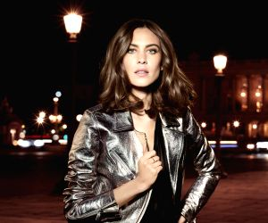 I'd love to expand my fashion line to India: Alexa Chung
