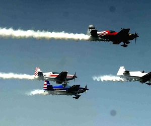 Rehearsals for Air Show and Gujarat Aero Conclave 2015