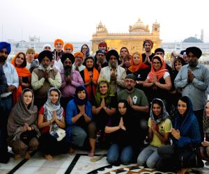 Artists from Slovakia and Czech Republic visit Golden Temple