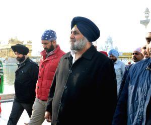 Sukhbir Singh Badal and Harsimrat Kaur Badal visit  Golden Temple
