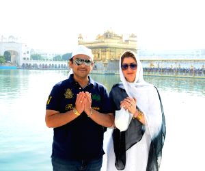 Adnan Sami visits Golden Temple