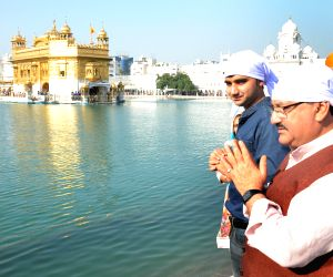 JP Nadda visits Golden Temple
