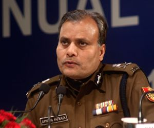 Don't block main roads, Delhi Police chief to Shaheen Bagh protesters