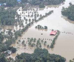 Kerala flood toll 368, over 58,000 rescued, red alert in 3 districts